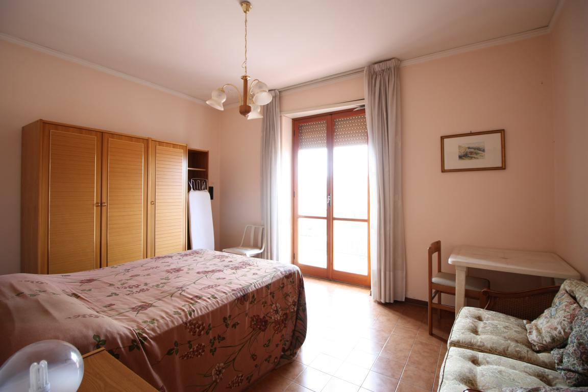 Amelia - Appartamento - Via Ortana - Camera Matrimoniale 1