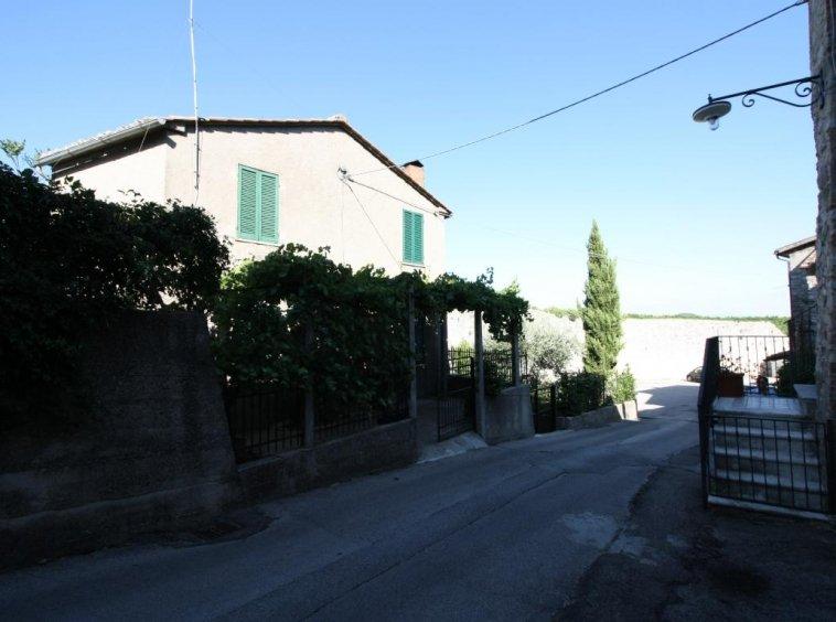 Amelia - Casa Singola con giardino - Fraz. Macchie - Vista Area Immobile