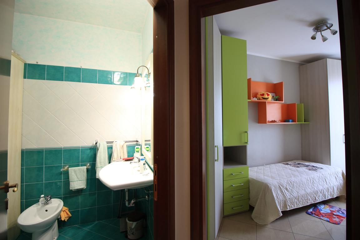 16 - Amelia - Via Roma - Appartamento - Dettalio