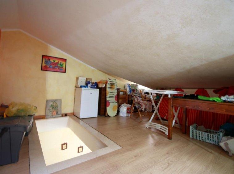 23 - Amelia - Via Roma - Appartamento - Soffitta