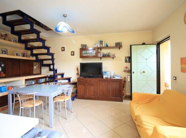 4 - Amelia - Via Roma - Appartamento - Salone Vista 4