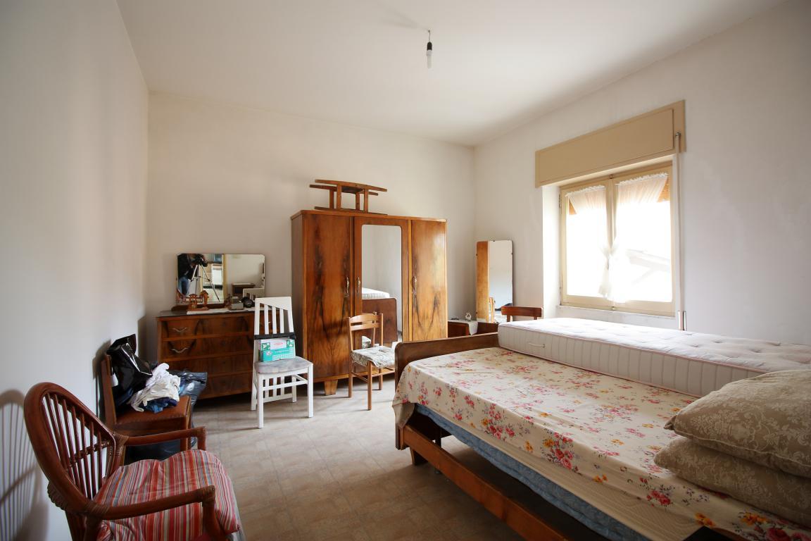 Amelia - San Crispino - Appartamento - Camera da Letto