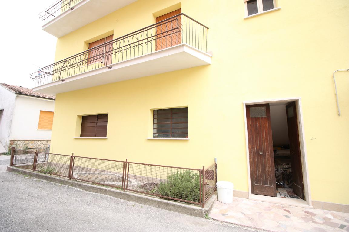 Amelia - San Crispino - Appartamento - Ingresso Indipendente 2