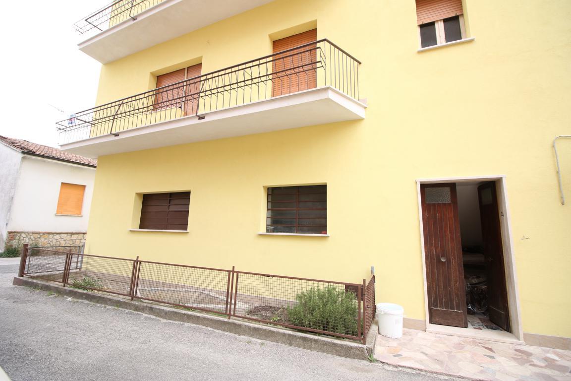 Amelia - San Crispino - Appartamento - Ingresso Indipendente