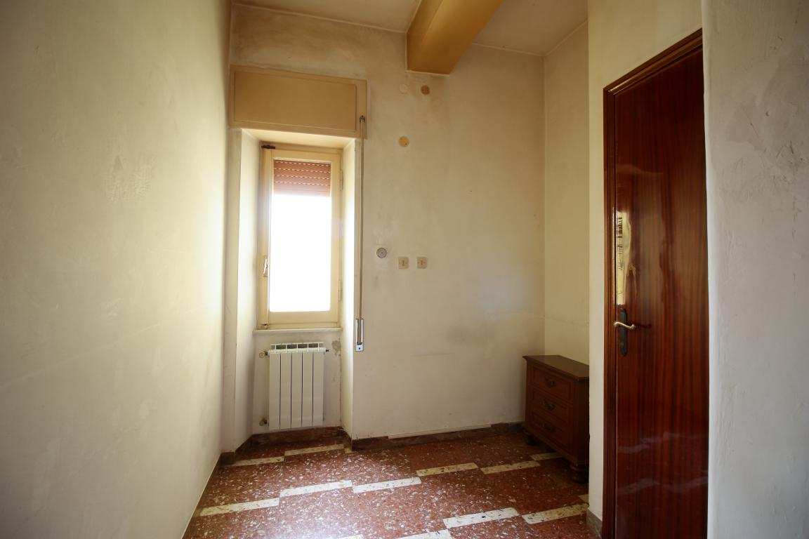 Amelia - San Crispino - Appartamento - Ingresso