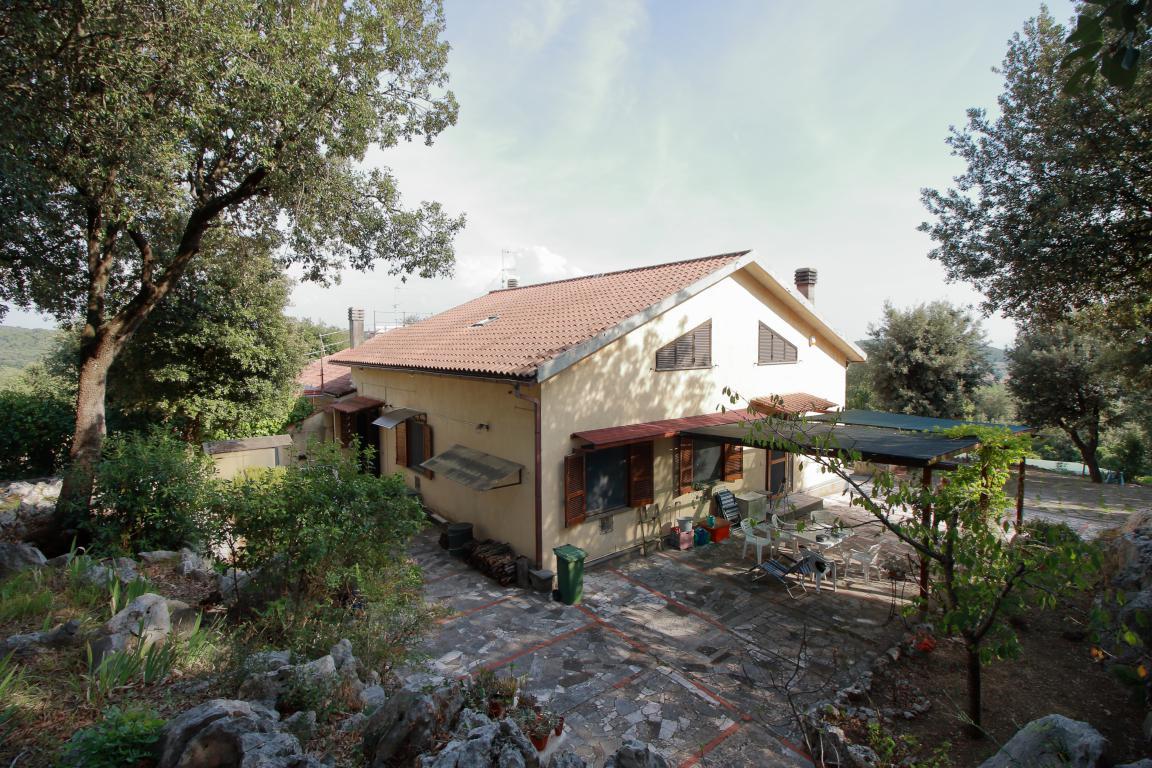 1 - Foce - Villa con giardino - Esterno