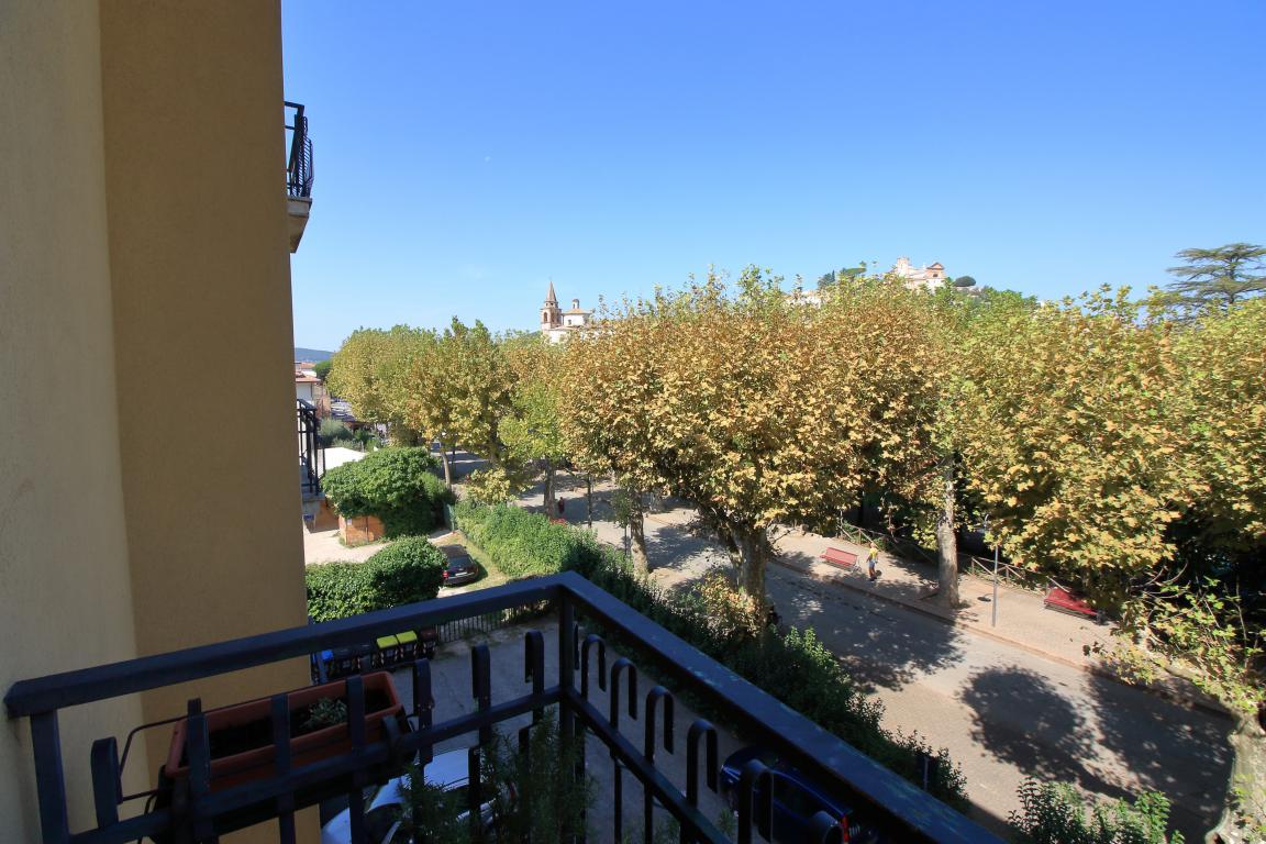 16 - Amelia - Via Giardini - Vista Balcone