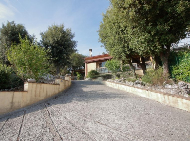 2 - Foce - Villa con giardino - Ingresso