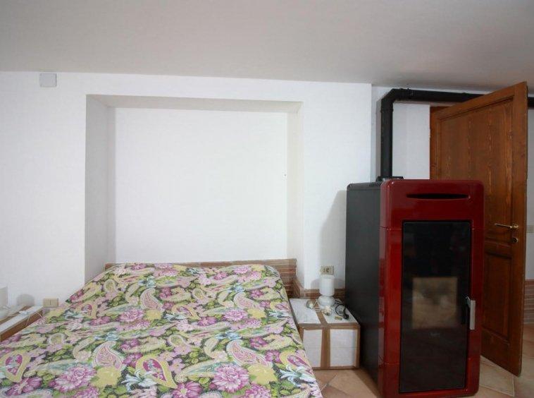 22 - Giove - Villa con Piscina - Appartamento Indipendente