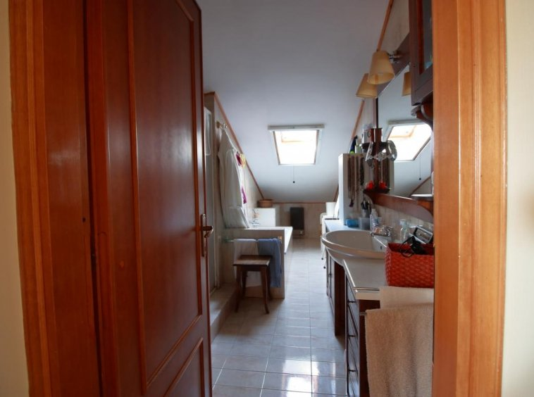 26 - Foce - Villa con giardino - Bagno