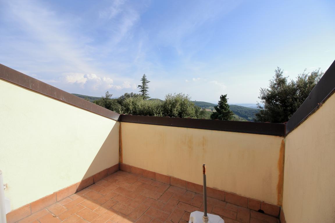27 - Foce - Villa con giardino - Balcone