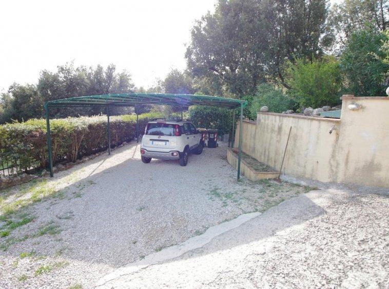 3 - Foce - Villa con giardino - Posto Auto