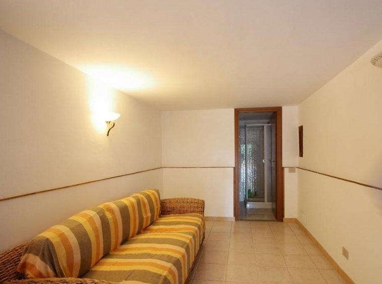 30 - Giove - Villa con Piscina - Taverna