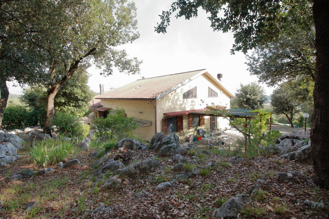 32 - Foce - Villa con giardino - Esterno
