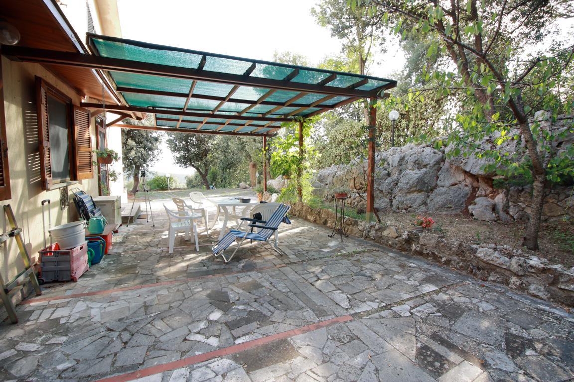 8 - Foce - Villa con giardino - Esterno