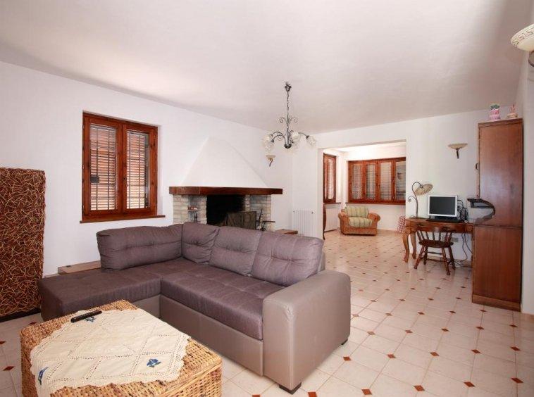 8 - Giove - Villa con Piscina - Salone