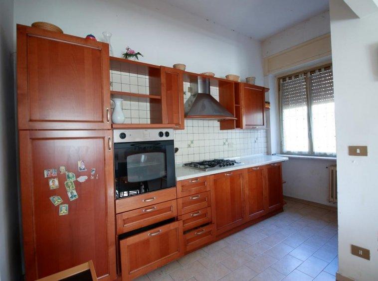 14 - Amelia - Villa - Via del Villaggio - Centrale - Cucina Dettaglio