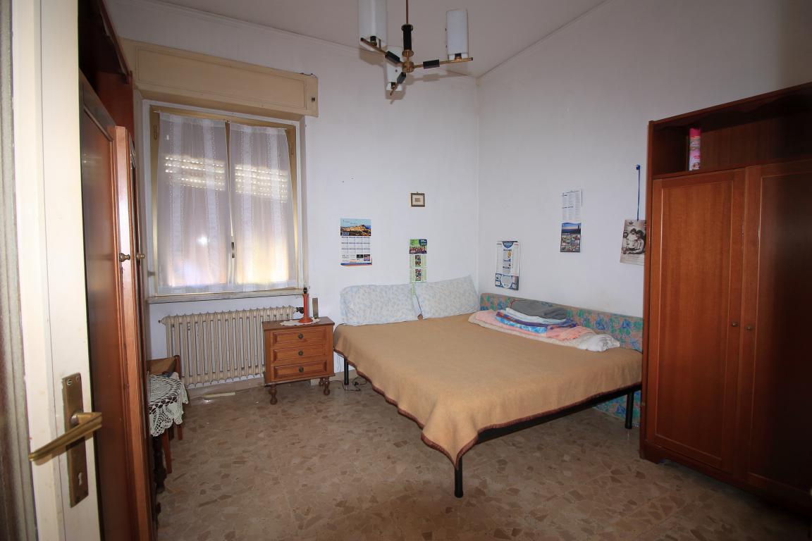 22 - Amelia - Villa - Via del Villaggio - Centrale - Camera