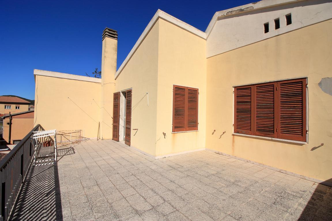 26 - Amelia - Villa - Via del Villaggio - Centrale - Terrazza Piano Primo