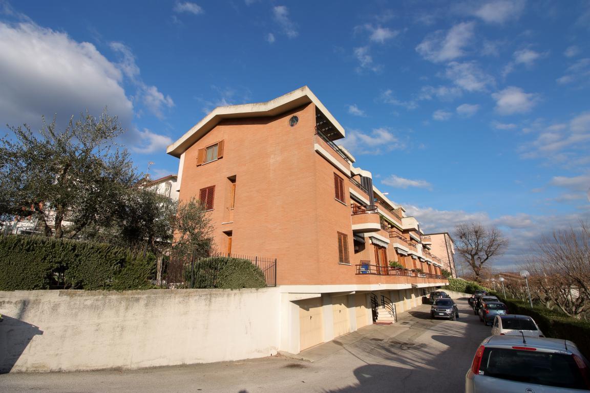 1 - Amelia - Appartamento - Via C.A. dalla Chiesa - Esterno