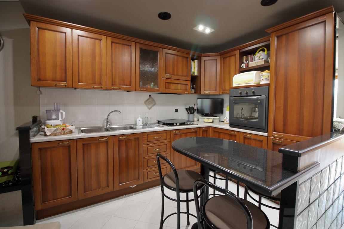 10 - Amelia - Appartamento - Via C.A. dalla Chiesa - Cucina