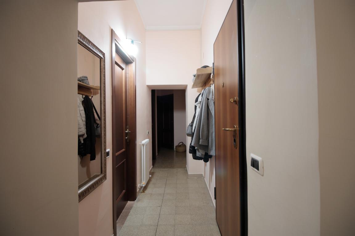 10 - Amelia - Via della Repubblica - Appartamento - Disimpegno