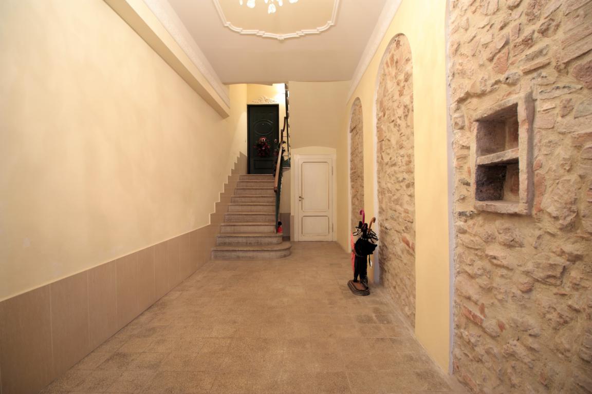 2 - Amelia - Via della Repubblica - Appartamento - Ingresso