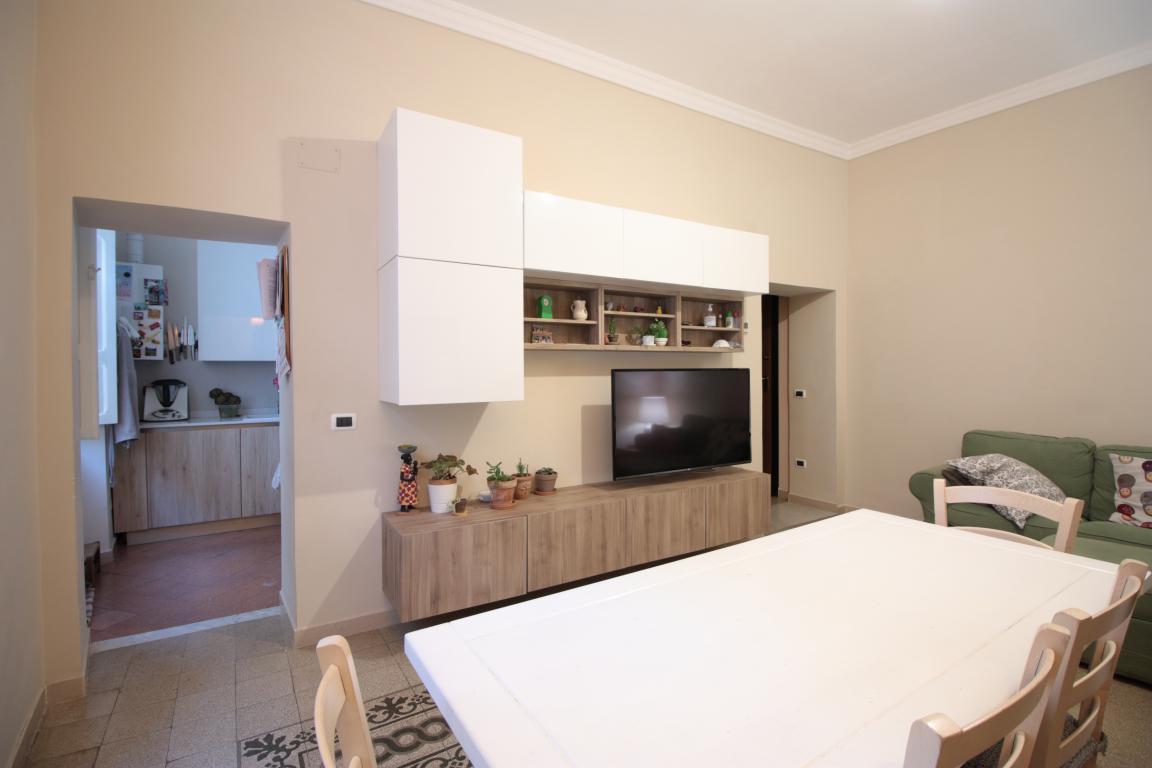 6 - Amelia - Via della Repubblica - Appartamento - Salone Vista 4
