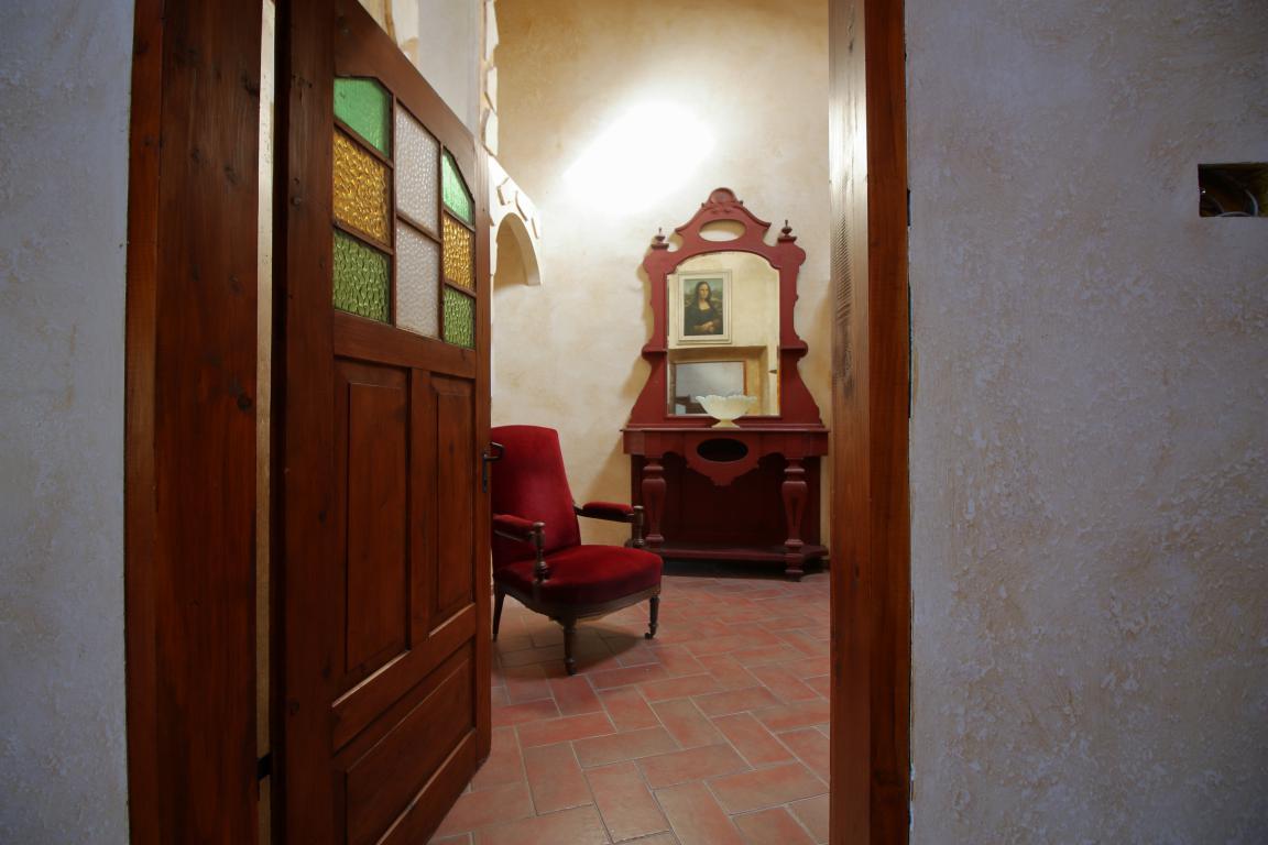 14 - Poggiolo - Calvi dell'Umbria - Dettagli
