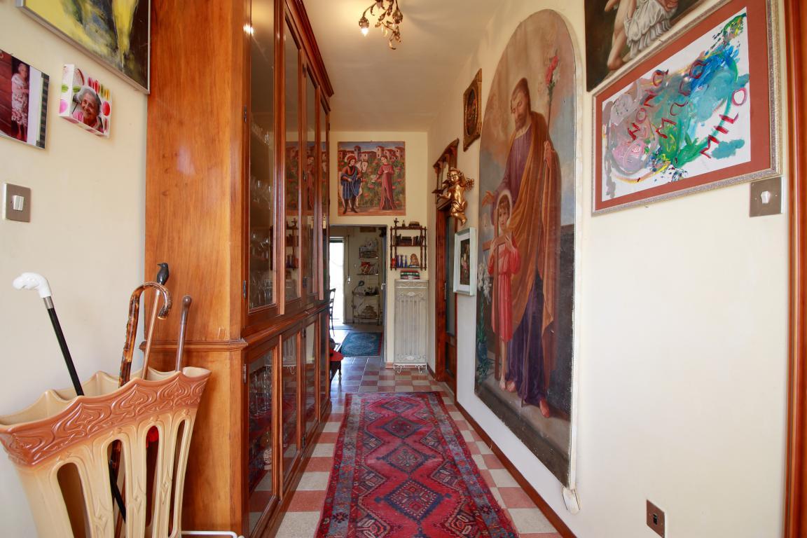 4 - Poggiolo - Calvi dell'Umbria - Ingresso Appartamento